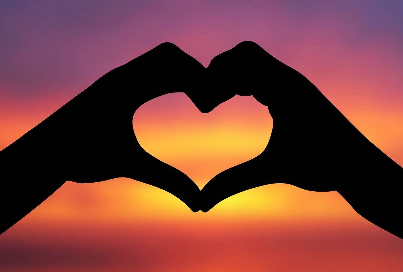 Informative Essay Topics on Love: The World of Controversies